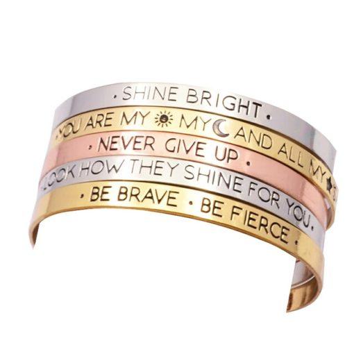 Bracelet tendance 2018 idees cadeaux bijoux femme. Bijoux tendance 2017. Bracelet tendance 2017