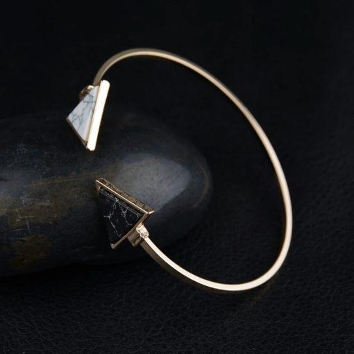 Bracelet jonc blanc et noir
