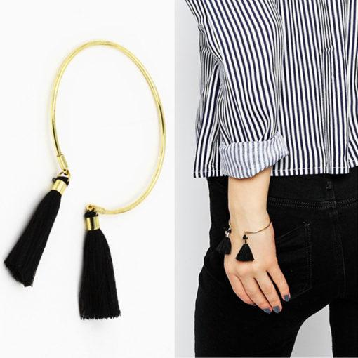 Bracelet minimaliste jonc pompon