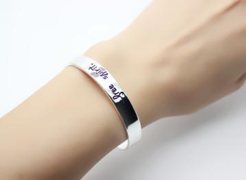 bracelet cadeau femme porte bonheur argent chic bijoux. Black Bedroom Furniture Sets. Home Design Ideas