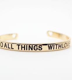 bracelet-cadeau-femme-porte-bonheur-love-2