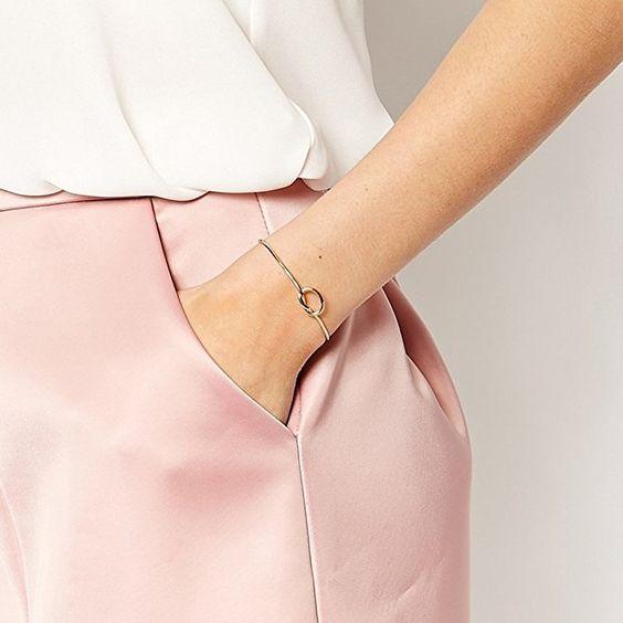 cadeau bijoux femme bracelet noeud bijoux fantaisie. Black Bedroom Furniture Sets. Home Design Ideas