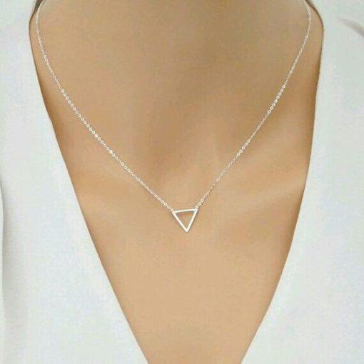 Idée cadeau femme- collier triangle