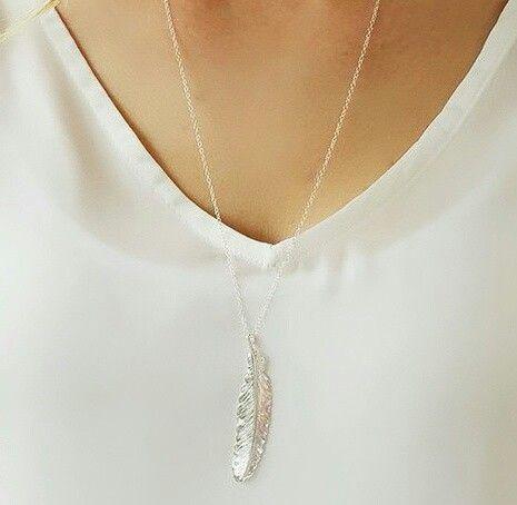 cadeau original femme- Sautoir plume