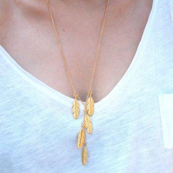bijoux avec plumes
