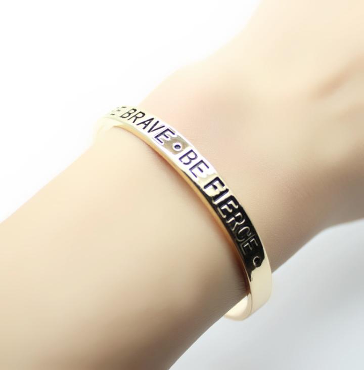 Bracelet or (5)