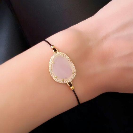 id e cadeau femme bracelet cordon pierre bijoux fantaisie. Black Bedroom Furniture Sets. Home Design Ideas