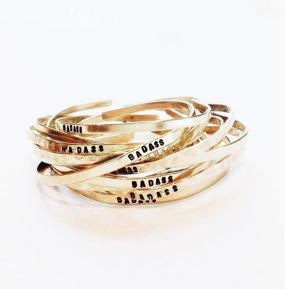 bracelet gravé femme
