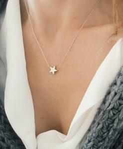 Idée cadeau soeur- collier étoile