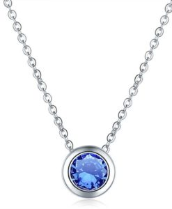 Collier pendentif avec zirconium bleu
