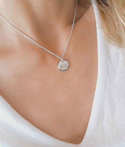 collier medaille argent grave amour