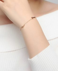 Idee cadeau bijoux femme -bracelet love