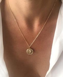 Collier dore medaille fleur